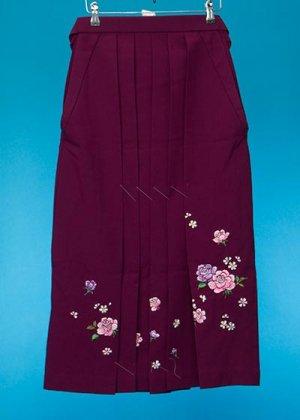 HA86-5女子袴レンタル(身長148-153)赤紫 バラ刺繍