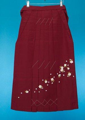 HA87-8女子袴レンタル(身長150-155)エンジ 桜刺繍