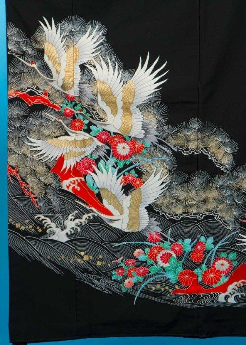 TP75ややワイド留袖レンタル裄67-69身長141-161ヒップ83-108)金彩 鶴に松