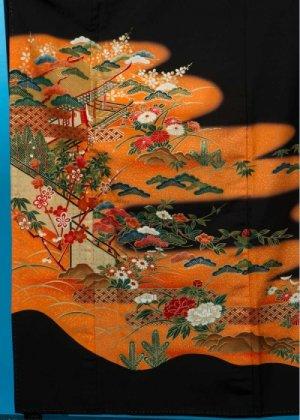 T76ワイド留袖レンタル 裄69(身長143-163ヒップ87-112)オレンジに菊と牡丹