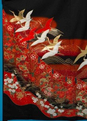 T102ワイド留袖レンタル 裄67(身長142-162ヒップ87-112) 金彩 紅白 金の鶴