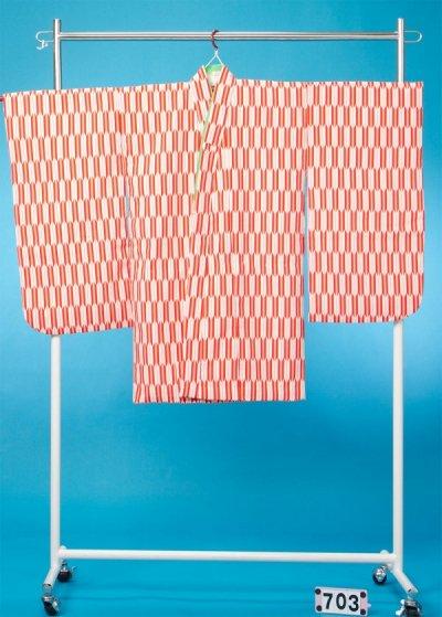 7-03女子7才七五三&卒園・入学着物(身長110-130cm) 赤 矢がすり 矢羽根