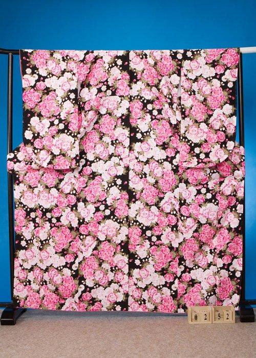 S252小振袖レンタル 裄70(ヒップ73-103)黒 八重桜 [ナカノヒロミチ]