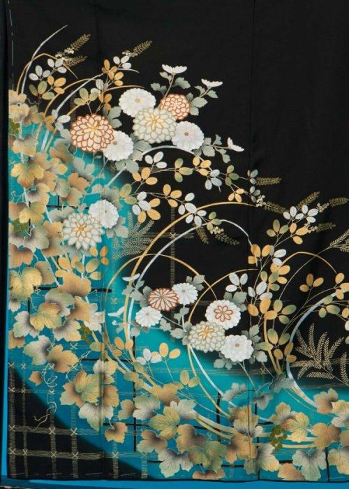 TK150留袖レンタル 裄69(身長140-158ヒップ70-100)正絹  金彩 葡萄と萩  青緑ぼかし