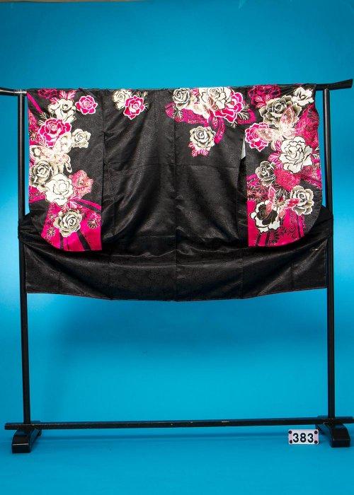 S383小振袖レンタル(裄69ヒップ69-99) 黒 ピンクの薔薇  [Adam&Eve] 【新品未使用】