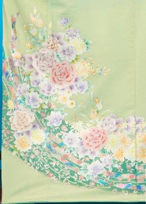 TI517超トールワイド色留袖レンタル裄75(身長161-181ヒップ100-127)  明るい黄緑 薔薇 金彩 汗かきな方も安心【新品同様】