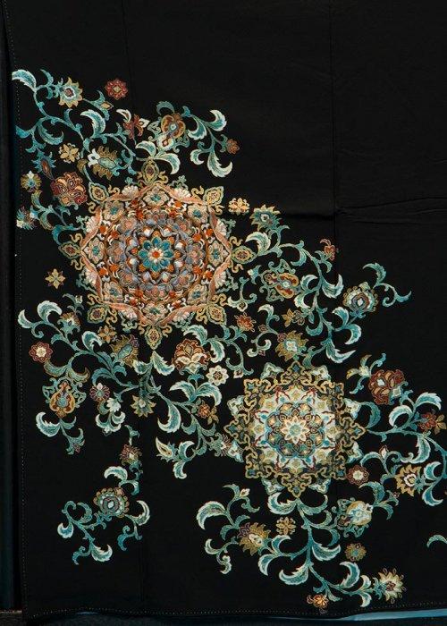 TK127留袖レンタル 裄66-68身長139-159ヒップ75-100) 正絹 万華鏡模様に唐草 刺繍