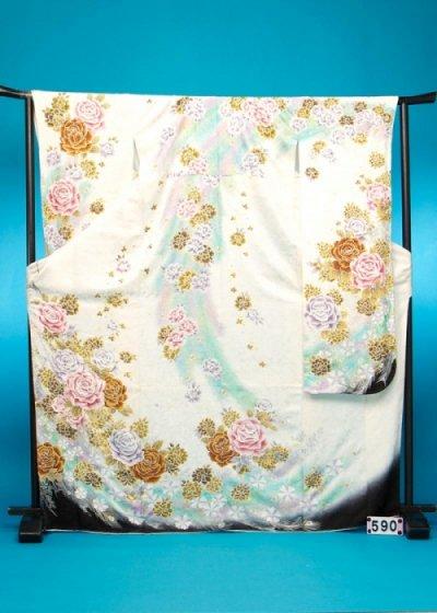 F590トール振袖レンタル 裄69-72(身長151-172ヒップ75-105)白 薔薇と孔雀 金彩