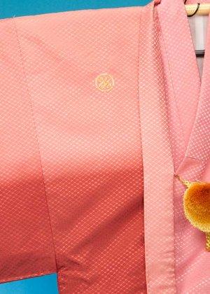 MP76-22トールワイド紋付レンタル 裄76.5(身長180 胴回り80-110) ピンク/エンジぼかし