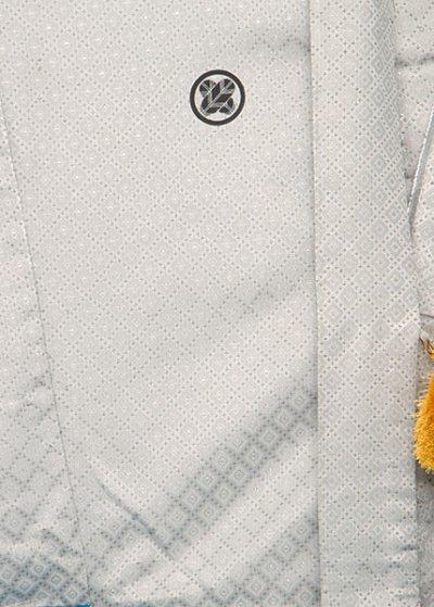 MP77-3トール紋付レンタル 裄77(身長180 胴回り72-102) 正絹 白系 シルバー菱模様  [大和紋付]