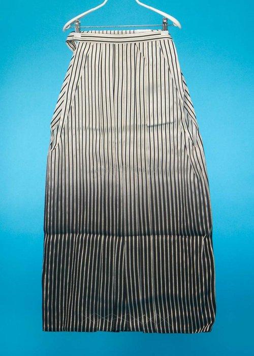 MH93-2男袴レンタル(身長170-175cm前後)白黒銀ストライプ  黒ぼかし