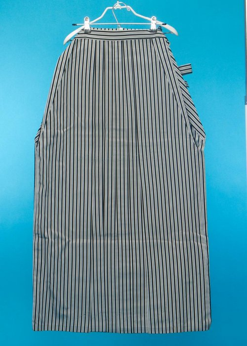 MH98-1トール男袴レンタル紐下98(身長185-190前後)仙台平タイプ 黒グレー縦縞 ストライプ