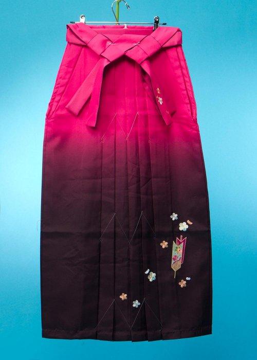 HA99-38トール女袴レンタル(身長165-170cm 普通巾) ローズピンク/濃い紫 矢羽根刺繍 【新品未使用】