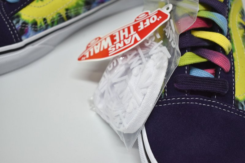 <img class='new_mark_img1' src='https://img.shop-pro.jp/img/new/icons14.gif' style='border:none;display:inline;margin:0px;padding:0px;width:auto;' />VANS/ Old Skool
