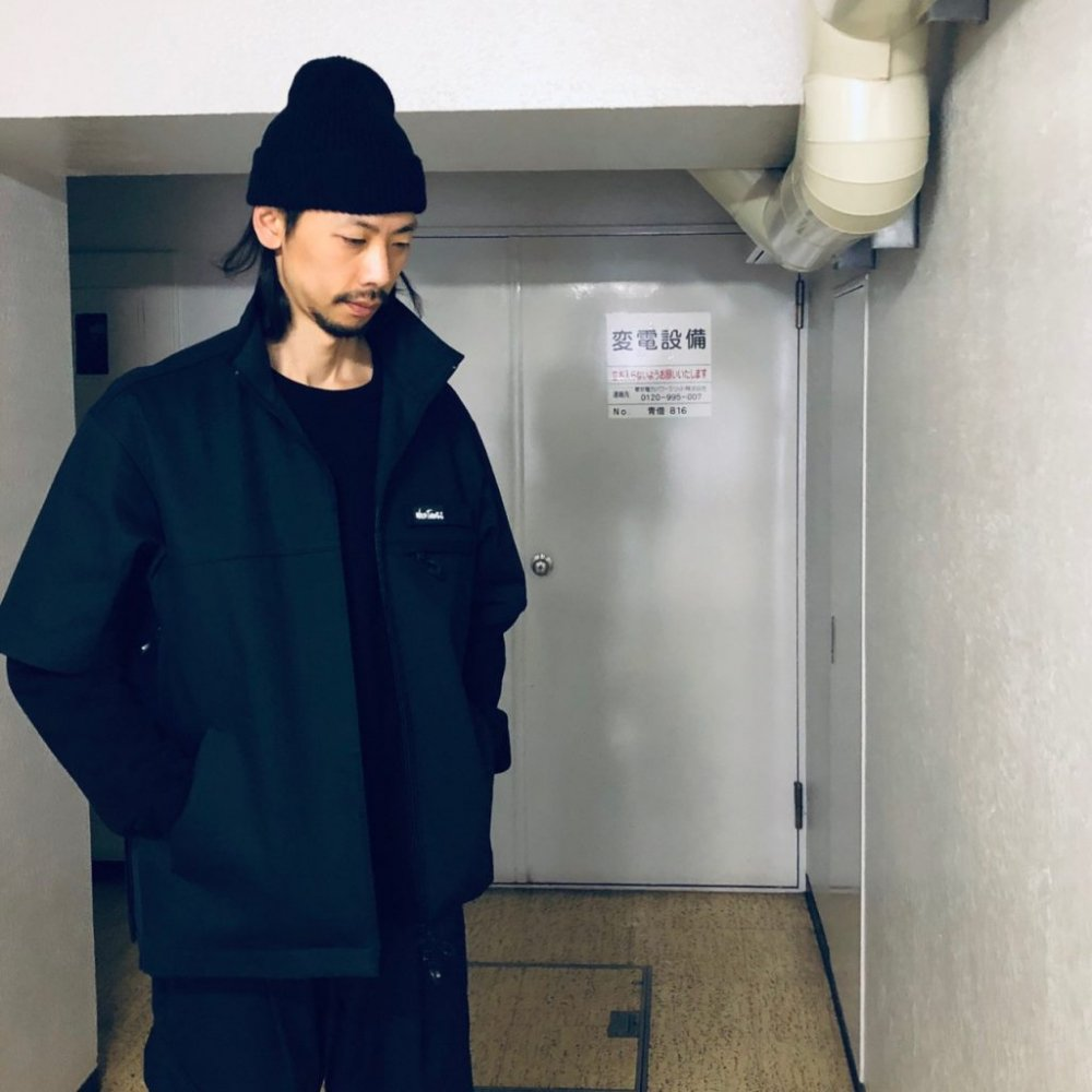 <img class='new_mark_img1' src='https://img.shop-pro.jp/img/new/icons14.gif' style='border:none;display:inline;margin:0px;padding:0px;width:auto;' />MOUT RECON TAILOR/マウトリーコンテーラー WILD THINGS JET BLACK DENIM SHELL JACKET