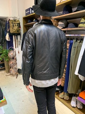 <img class='new_mark_img1' src='https://img.shop-pro.jp/img/new/icons14.gif' style='border:none;display:inline;margin:0px;padding:0px;width:auto;' />Leather Jacket/レザージャケット