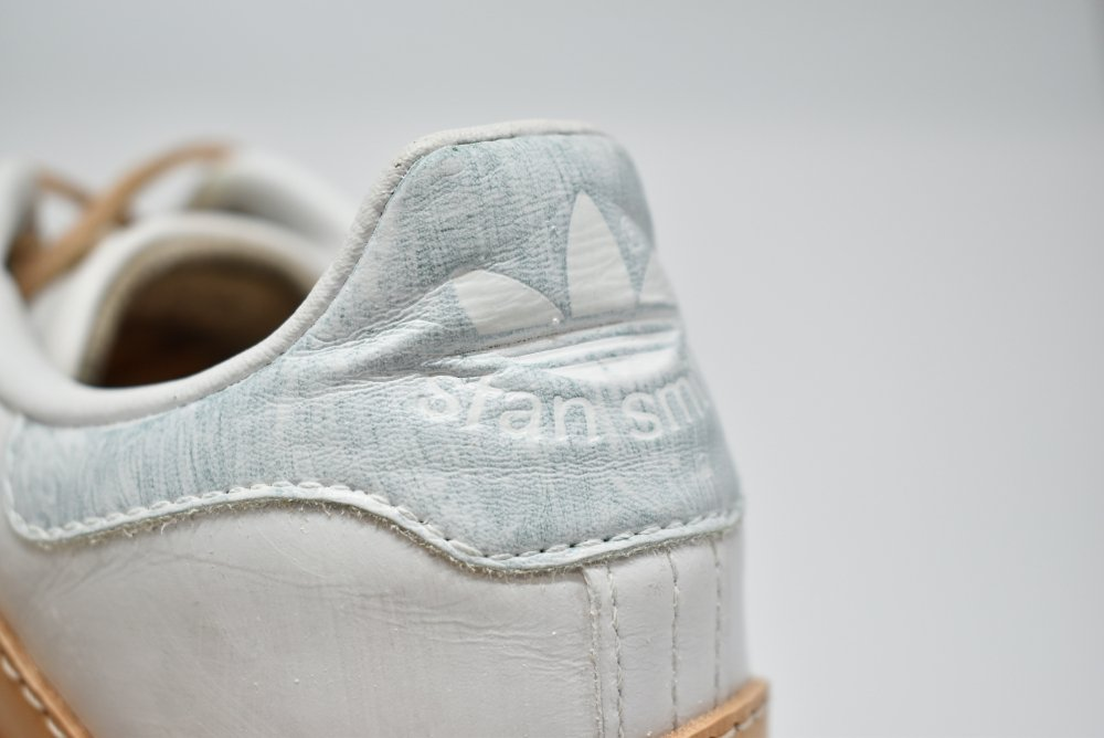 PETERSON STOOP/ピーターソン ストゥープ Adidas Stan smith white tan wavy