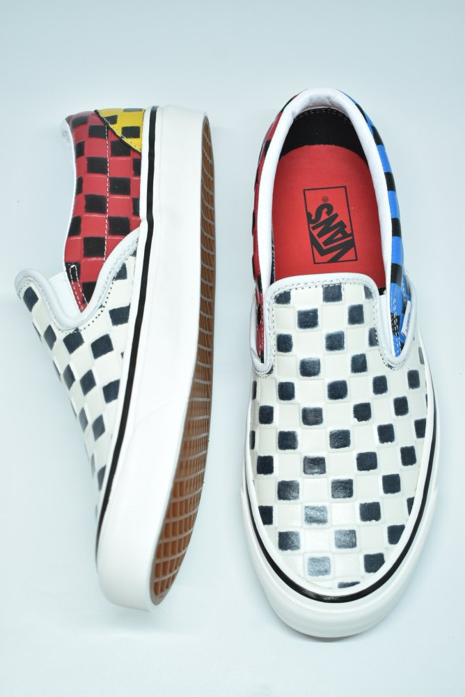 <img class='new_mark_img1' src='https://img.shop-pro.jp/img/new/icons14.gif' style='border:none;display:inline;margin:0px;padding:0px;width:auto;' />VANS / ヴァンズ Classic Slip-on 98Dx