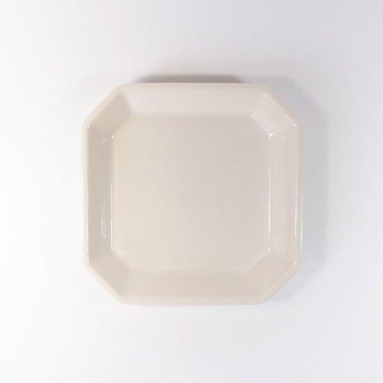 h+(エイチプラス)|八角皿S アイボリー【波佐見焼】