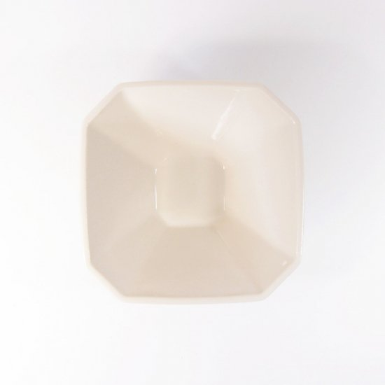 h+(エイチプラス)|八角小鉢 アイボリー【波佐見焼】