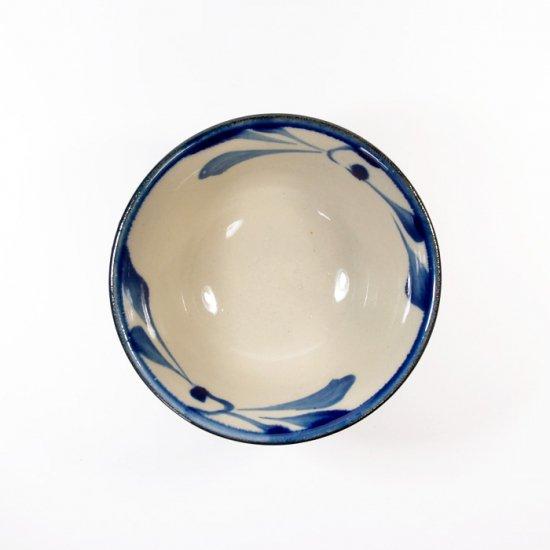 陶眞窯(とうしんがま)|3.5寸マカイ コバルト唐草【やちむん】