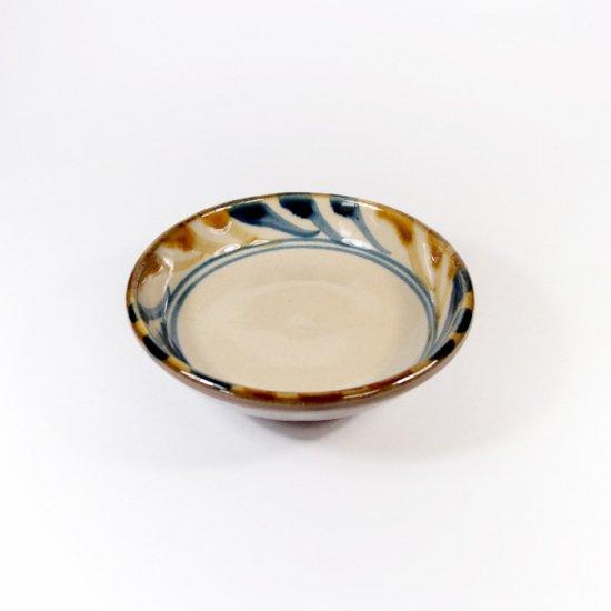陶眞窯(とうしんがま)|3寸皿 デイゴ唐草【やちむん】