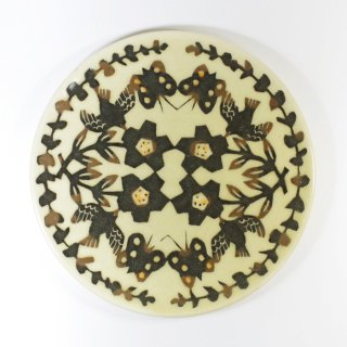 諏佐知子|6寸皿 鳥と草花と蝶 ブラック