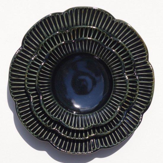 水谷和音│しのぎ輪花リム5寸皿(瑠璃釉)