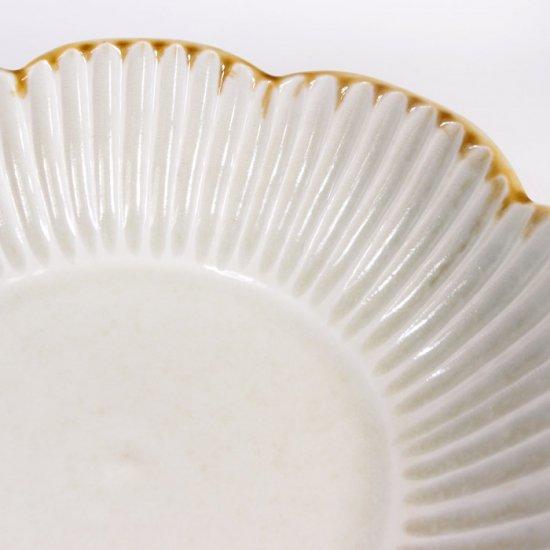 水谷和音│しのぎ輪花5寸鉢(灰釉)