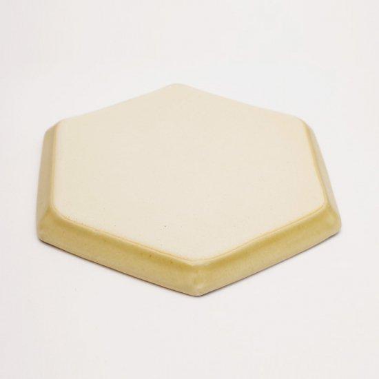 吉田健宗 | 深黄釉 和柄 六角皿 七宝繋ぎ