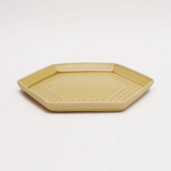 吉田健宗 | 深黄釉 和柄 六角皿 青海波