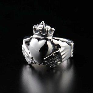 Big-Claddagh Ring