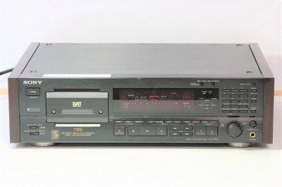 SONY DTC-77ES DATデッキ ブラック 【中古整備品】