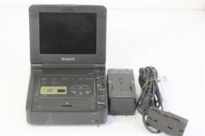 5.5型液晶モニター搭載デジタルビデオカセットレコーダー GV-D900【中古品】