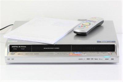 Panasonic DIGA 地上・BS・110度CSデジタルチューナー搭載ハイビジョンレコーダー 400GB DMR-EX350【中古品】