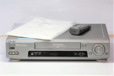 VHSビデオデッキ ソニー SLV-FX9 【中古品】