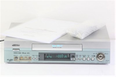Victor HR-V500 S-VHSビデオカゼットレコーダー 【中古整備品】