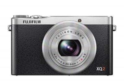 FUJIFILM プレミアムコンパクトデジタルカメラ XQ2 シルバー