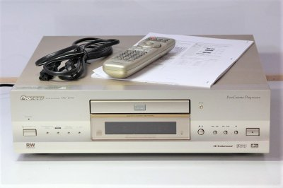 パイオニア  高音質CD/DVDプレーヤー DV-S737  【中古品】
