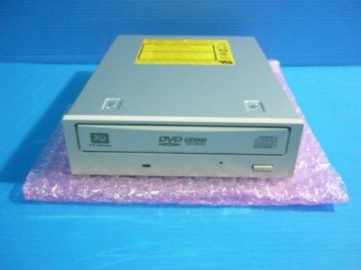 日立GSA-4120 DVD±RW-RAM DVDスーパーマルチドライブ 白色仕様 接続:IDE【中古品】
