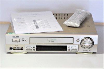 ビクター S-VHSビデオデッキ HR-V200 【中古品】