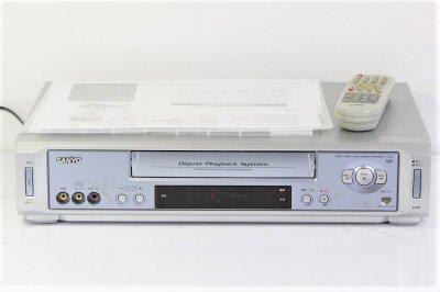 VHSビデオデッキ サンヨー VZ-H24【中古品】
