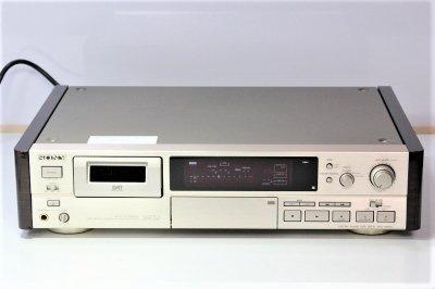 SONY DTC-59ESJ DATデッキ 【中古品】