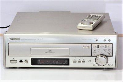 パイオニア LDプレーヤー CLD-07G リモコン付き 【中古品】
