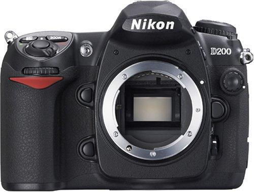 Nikon デジタル一眼レフカメラ D200 ボディ本体【中古品】