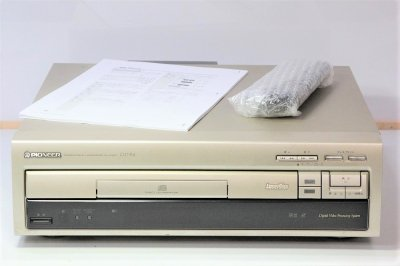 Pioneer CLD-R4 CD/LDプレーヤー (ゴールド) 【中古整備品】