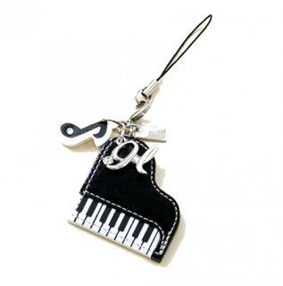ピアノとイニシャル♪
