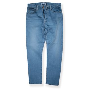 <img class='new_mark_img1' src='https://img.shop-pro.jp/img/new/icons47.gif' style='border:none;display:inline;margin:0px;padding:0px;width:auto;' />Stretch tapered denim/Light wash(ストレッチテーパードデニム/ライトウォッシュ)