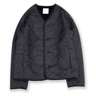 <img class='new_mark_img1' src='https://img.shop-pro.jp/img/new/icons24.gif' style='border:none;display:inline;margin:0px;padding:0px;width:auto;' />Quilting camp jacket for シンサレート&ボア(キルティングキャンプジャケット/black)