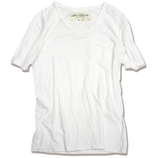 <img class='new_mark_img1' src='//img.shop-pro.jp/img/new/icons47.gif' style='border:none;display:inline;margin:0px;padding:0px;width:auto;' />Round V-neck pocket tee